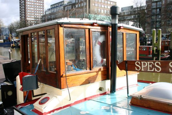 Luxe Motor / new low price perfect canal cruising and live aboard 1927 All Boats