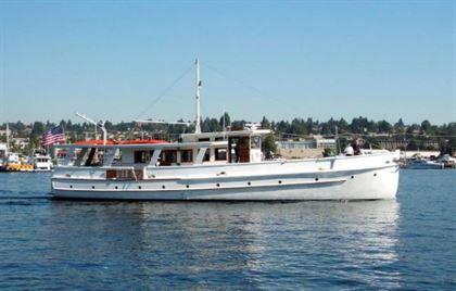 1932 john waynes first yacht  1 1932 John Waynes First Yacht
