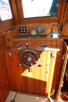 1937 brooke marine 32ft tsdy  8 1937 Brooke Marine 32ft TSDY