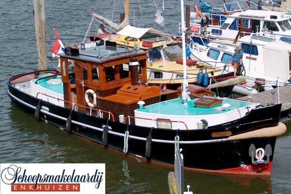 classic lined TUG Motor Yacht TUG / motor Yacht NEW SHARP ASKING 1942 Tug Boats for Sale