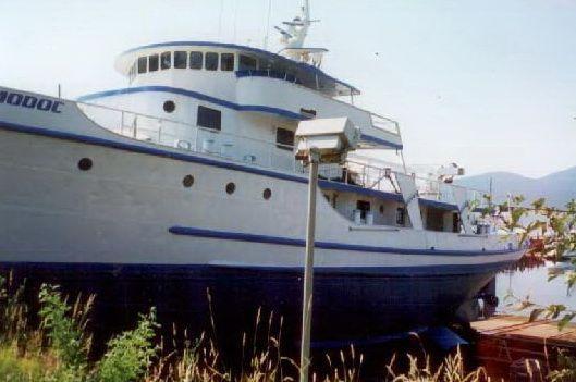 1944 livingston shipyard navy tug conversion  10 1944 Livingston Shipyard Navy Tug Conversion