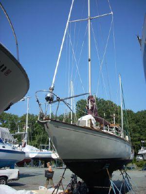 Pearson Classic Alberg 35 1965 Sailboats for Sale