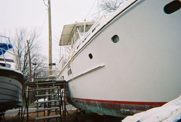 Avenger Extended Hard Top Motor Yacht 1966 All Boats