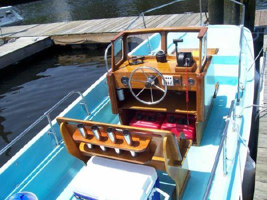 1966 boston whaler montauk 17  8 1966 Boston Whaler MONTAUK 17