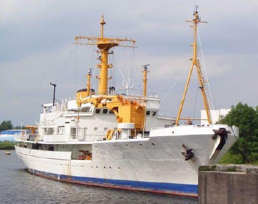 EXPLORER RESEARCH VESSEL81M S/710025 1966 Motor Boats