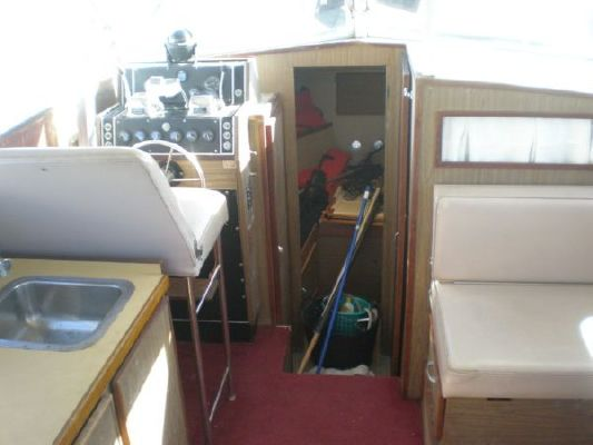 1968 chris craft 31 commander  10 1968 Chris Craft 31 Commander