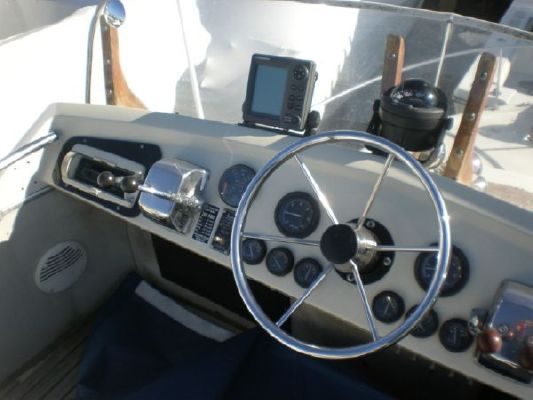 1968 chris craft 31 commander  5 1968 Chris Craft 31 Commander