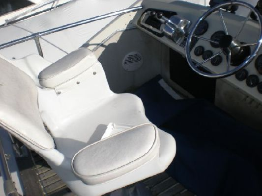 1968 chris craft 31 commander  7 1968 Chris Craft 31 Commander