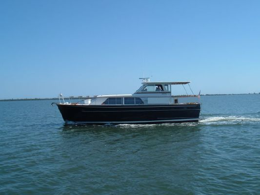 Matthews JUST REDUCED Flush Deck Motor Yacht 1969 All Boats