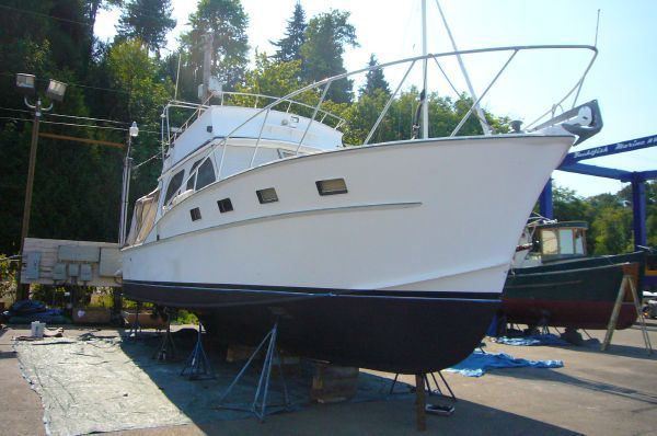 Brownell Flybridge Sportfish 1970 Flybridge Boats for Sale