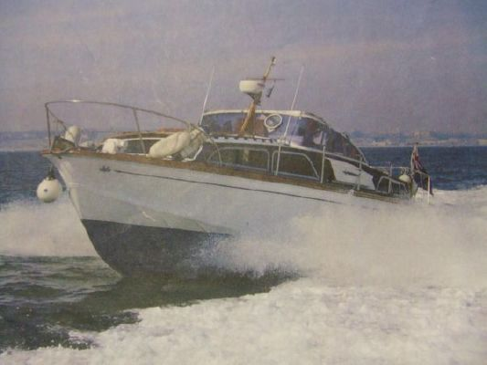 1970 fairey huntsman 31 available  8 1970 Fairey Huntsman 31 (available)