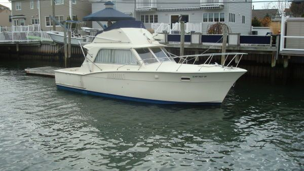 Hatteras 36 Convertible 1970 Hatteras Boats for Sale