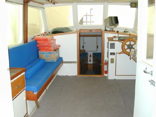 Dyer Flybridge Cruiser 1971 Flybridge Boats for Sale