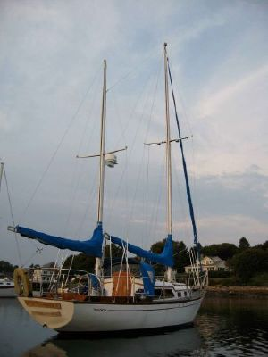 1972 cheoy lee offshore 31 ketch  8 1972 Cheoy Lee Offshore 31 Ketch