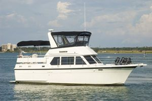 Hatteras 38 DC 1972 Hatteras Boats for Sale