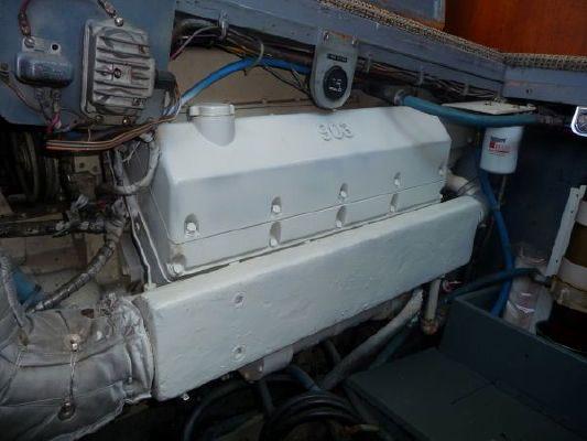 its 4reels sportfishing yachts convertible
