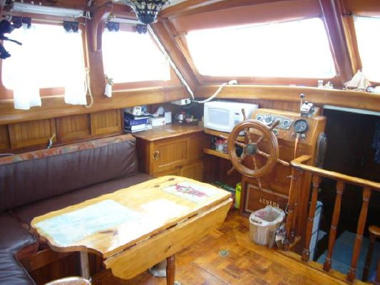 Hudson Force 50' Pilothouse 1974 Pilothouse Boats for Sale
