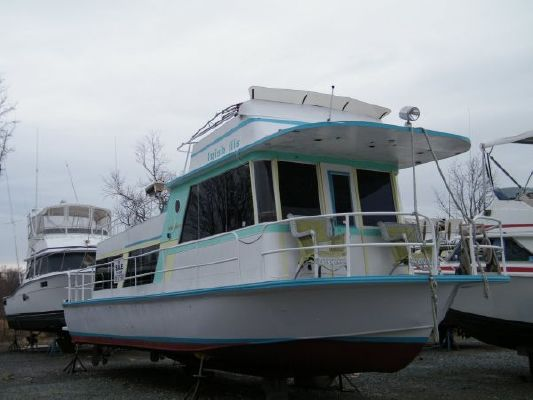 1974 kingscraft houseboat  1 1974 KINGSCRAFT Houseboat
