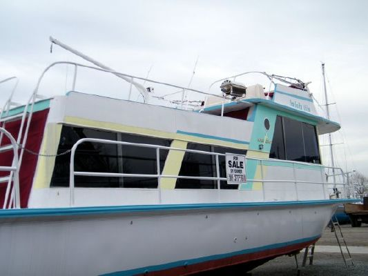 1974 kingscraft houseboat  7 1974 KINGSCRAFT Houseboat