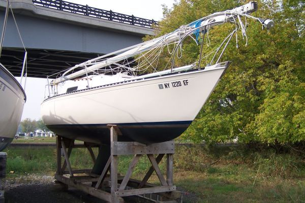 Mirage 1974 Sailboats for Sale