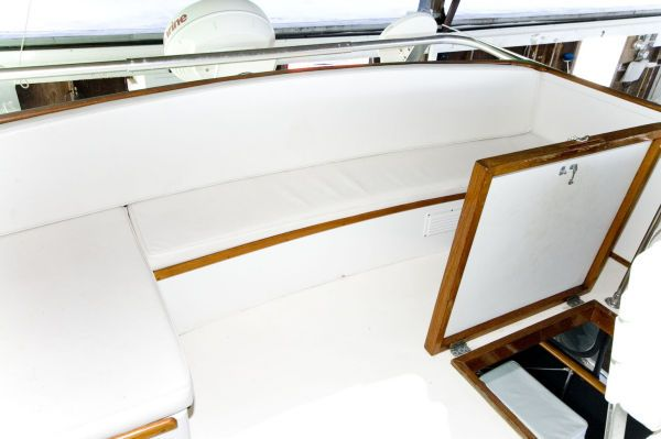1974 trojan fly bridge motor yacht  8 1974 Trojan Fly Bridge Motor Yacht