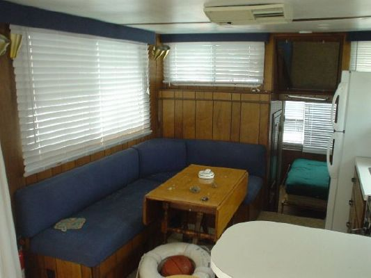 1975 delta clipper hardtop houseboat  6 1975 Delta Clipper Hardtop Houseboat