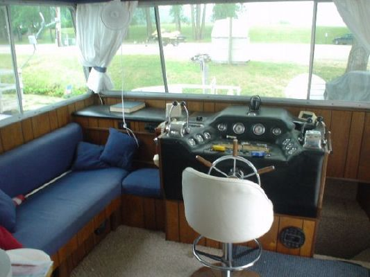 1975 delta clipper hardtop houseboat  8 1975 Delta Clipper Hardtop Houseboat