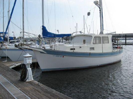Fales Navigator 32 1975 All Boats