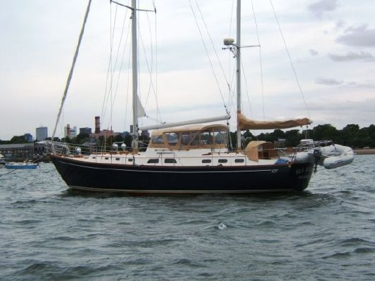 Hinckley Ketch 1975 Ketch Boats for Sale