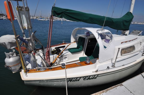 Pearson 30 1975 Sailboats for Sale