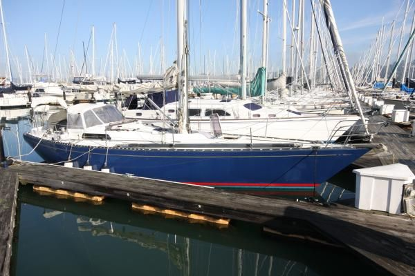 Tartan flush deck sloop 1975 Sloop Boats For Sale