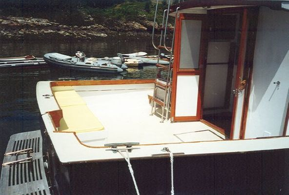 Robert Rich Flybridge Sedan 1976 Flybridge Boats for Sale