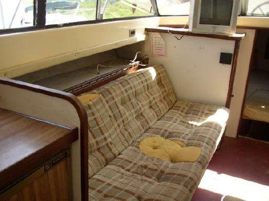 1976 silverton 31 sedan  19 1976 Silverton 31 Sedan