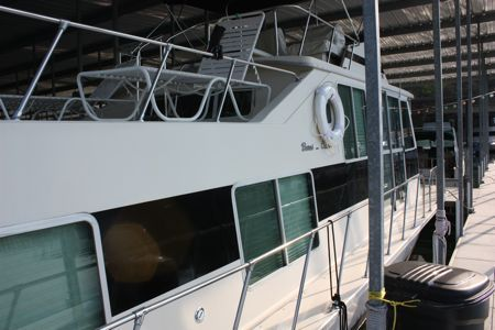 1977 burns craft fiberglass hull  2 1977 Burns Craft Fiberglass Hull
