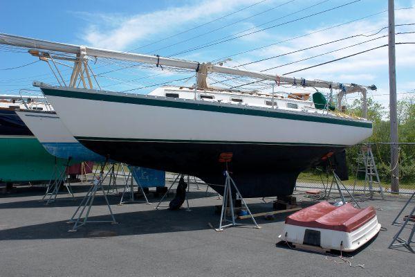 Endeavour 32' Sloop 1977 Sloop Boats For Sale