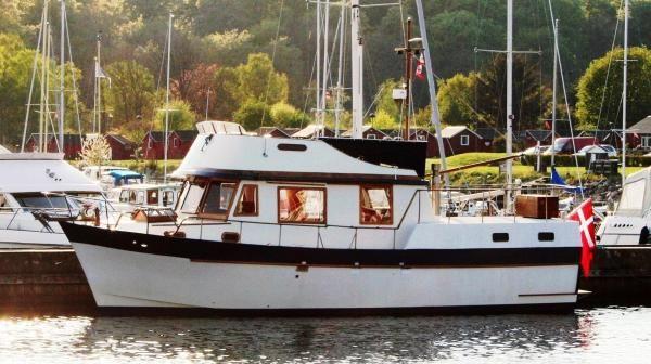 Marine trader 40 aft cabin 1977 Aft Cabin All Boats