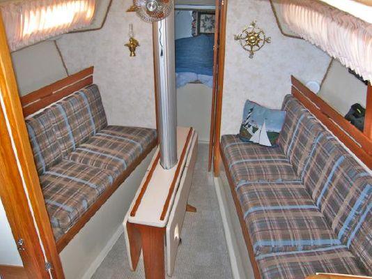 1977 oday center cockpit aft cabin  10 1977 ODay Center Cockpit / Aft Cabin