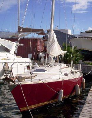 Rank Marine International Dolphin 1977 All Boats
