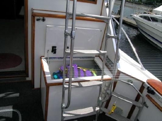 Boats for Sale & Yachts Uniflite Sport Sedan 1977 Motor Boats