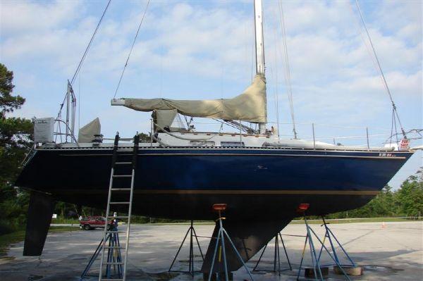 1978 cc sloop  12 1978 C&C Sloop