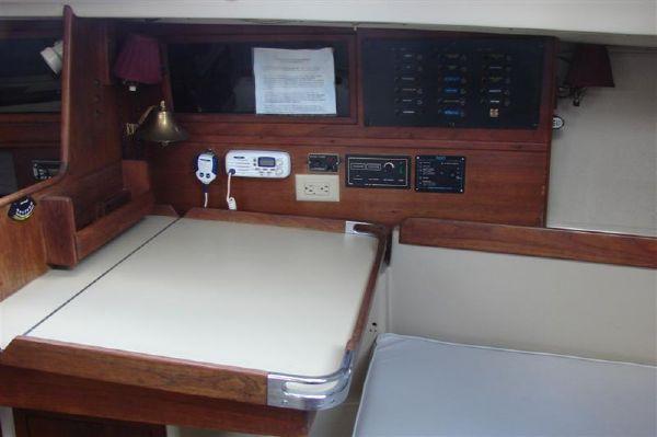 1978 cc sloop  9 1978 C&C Sloop