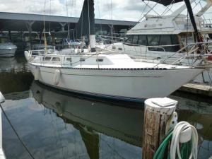 Islander 36 1978 All Boats