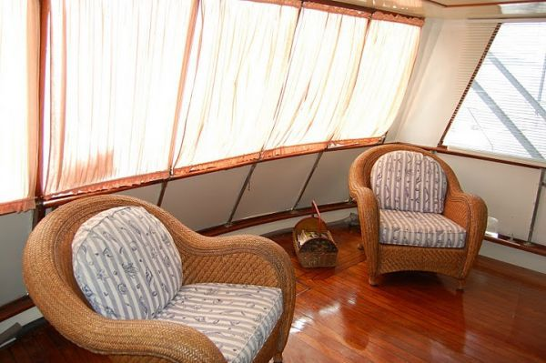 Trojan 54 Pilothouse FRESHWATER AND CUSTOM HARDTOP (like Hatteras) 1978 Hatteras Boats for Sale Pilothouse Boats for Sale