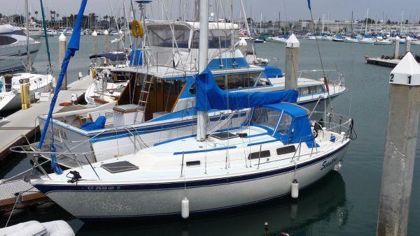 1979 cal 31 sloop  1 1979 CAL 31 Sloop