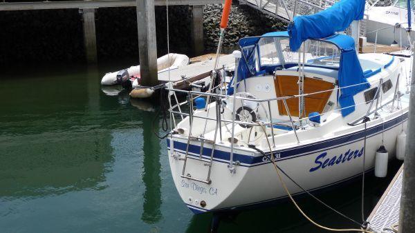 1979 cal 31 sloop  2 1979 CAL 31 Sloop