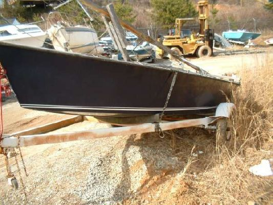Custom 18ft Daysailer 1979 All Boats