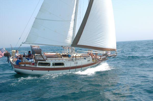 Downeaster DE 32 Cutter 1979 Sailboats for Sale