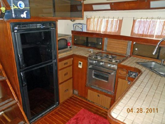 1979 mariner pilothouse motorsailer 50  25 1979 Mariner Pilothouse Motorsailer 50