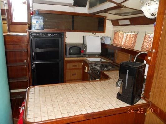 1979 mariner pilothouse motorsailer 50  29 1979 Mariner Pilothouse Motorsailer 50