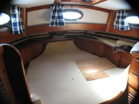 Peterson Formosa Center Cockpit Cutter 1979 Sailboats for Sale